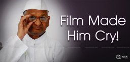 anna-hazare-at-screening-of-chalo-jeete-hain
