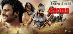 baahubali-movie-biggest-hoarding-at-kerala-news