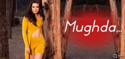 All Eyes On Mesmerizing Mugdha!