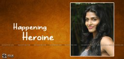 actress-dhansika-becomes-popular-with-kabali