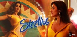 disha-sizzled-in-slow-motion-song-of-bharat