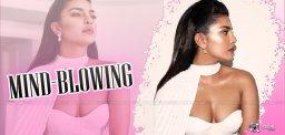 priyanka-chopra-outfit-is-mind-blowing