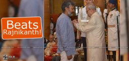 rajamouli-attire-at-padma-awards-ceremony