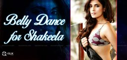 richa-chada-learning-belly-dance-for-shakeela