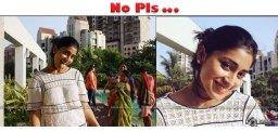 shriya-saran-latest-selfie-images-details