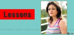 sneha-ullal-latest-tweets-about-her-films