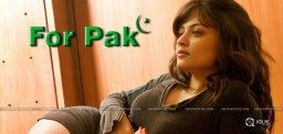 sneha-ullal-acting-in-a-pakistan-advertisement