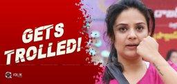 sree-mukhi-gets-trolled