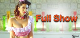 sunny-leone-in-super-girl-from-china-song