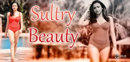 sultry-avatar-of-bengali-beauty-tuya-chakraborty