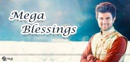 AlluAravind-Blessings-for-VijayDevarakonda
