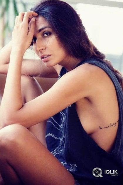 Monica-Dogra