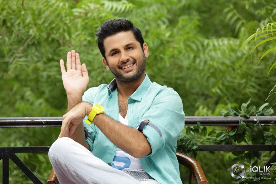 Chinnadana Neekosam Telugu Movie Review Ratings Details Trailers Nithin Mishti Karunakaran