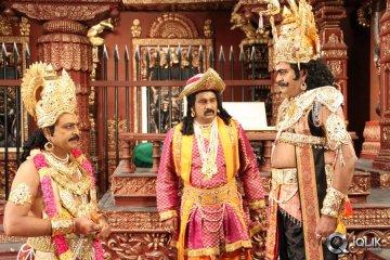 Manushulatho-Jagratha