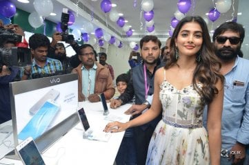 Actress Pooja Hegde Launches Lot Mobile Store At Vijayawada