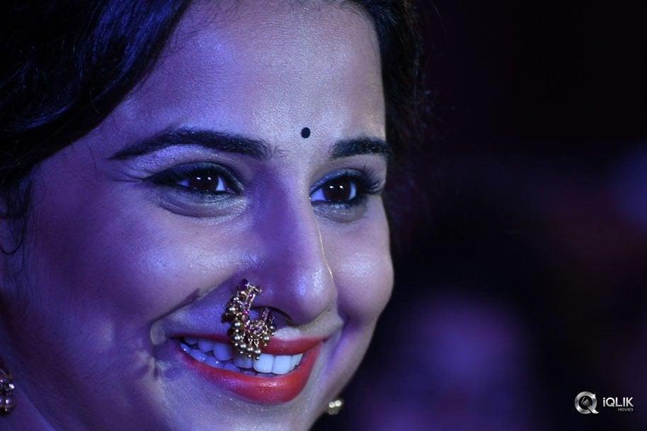 Actress-Vidya-Balan-Latest-Photo-Gallery