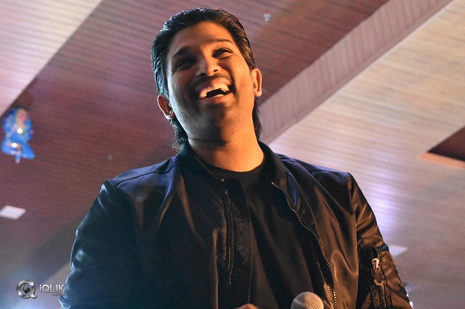 Allu-Arjun-Felicitated-At-IKYA-FIESTA-2018