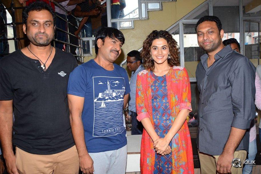 Anado-Bramha-Movie-Team-Visits-Devi-Theatre