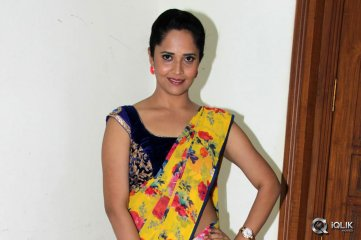 Anasuya at Srimanthudu Movie Thank You Function
