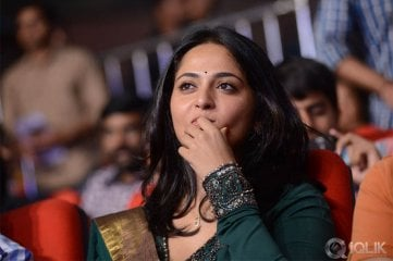 Anushka-at-Singham-audio-launch