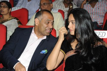 Anushka-at-Varna-Audio-Launch
