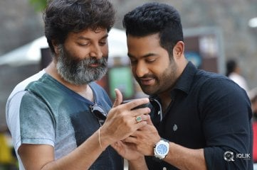 Aravindha Sametha Working Stills