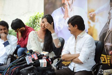 Balakrishna-Legend-Movie-Press-Meet