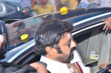 Balakrishna Watches Paisa Vasool Movie at Bramaramba Theatre