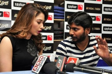 Bengal Tiger Movie Team Spykar Store Jubilee Hills