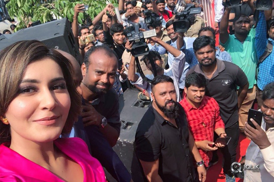 Big C 226th Store Launch By Raashi Khanna