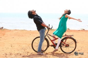 Brindavanamadi-Andaridi-Movie-Stills