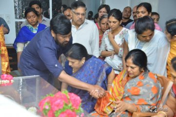 Celebs-Pay-Homage-to-Kodi-Ramakrishna