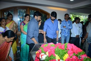 Chiranjeevi Condolences to Srikanth And Family
