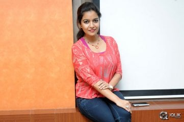 Colors-Swathi-at-Karthikeya-Movie-Release-Press-Meet