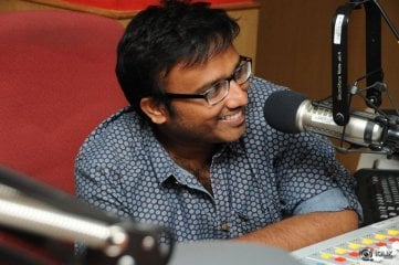 Dhanalakshmi Thalupu Thadithe Movie Team at Radio City