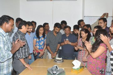 Dhanush-at-Radio-Mirchi-For-Anekudu-Movie-Promotions