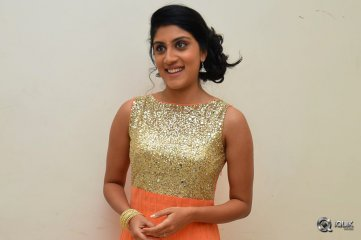 Dhanya-Balakrishna-at-Bhale-Manchi-Roju-Movie-Audio-Launch