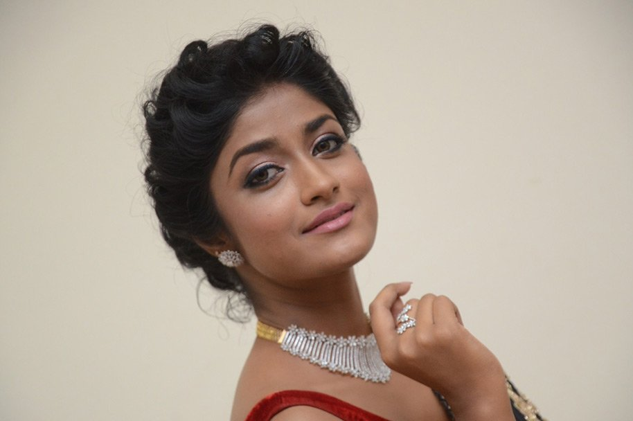 Dimple-Hayati-At-Valmiki-Pre-Release-Event