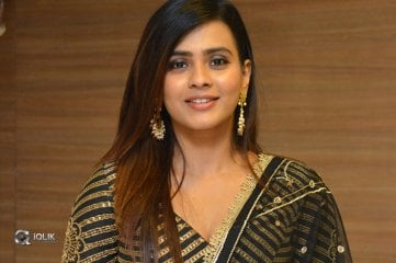 Hebah Patel Latest Photos