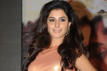 Isha-Talwar-at-Maine-Pyar-Kiya-Audio-Launch