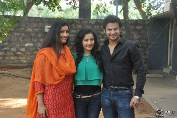 Ishq Wala Love Movie Press Meet