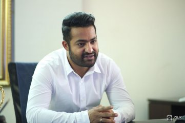 Jr Ntr Interview About Nannaku Prematho