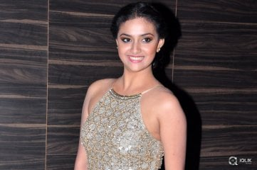 Keerthi-Suresh-at-Nenu-Sailaja-Movie-Audio-Launch
