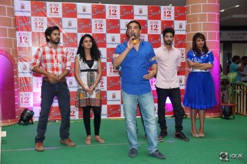 Kerintha Movie Team at Manjeera Mall Kukatpally