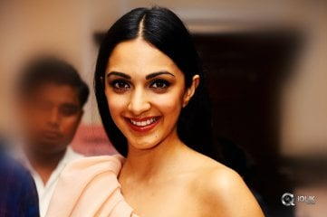 Kiara-Advani-launches-The-Statement-Jewellery
