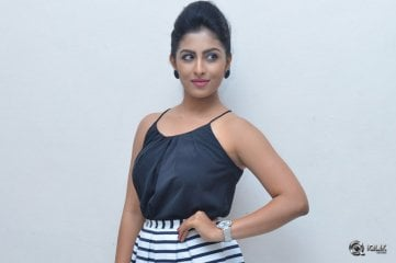 Kruthika Jayakumar at Intlo Dayyam Nakem Bhayyam Success Meet
