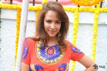 Lakshmi Manchu at Pilavani Perantam Movie Opening