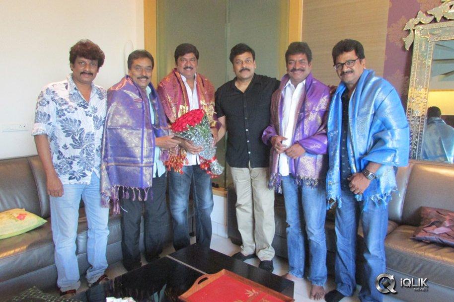 MAA-President-Rajendra-Prasad-and-Team-Meet-Chiranjeevi