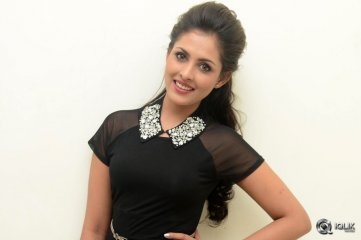 Madhu Shalini at Guntur Talkies Movie Audio Launch
