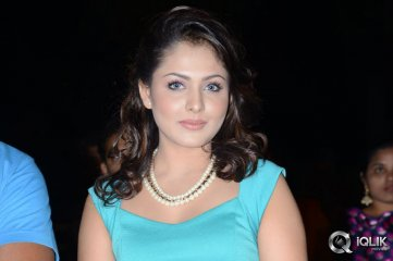 Madhu-Shalini-at-Hrudaya-Kaleyam-Movie-Audio-Launch